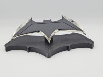 Quantum Mechanix Batman's Batarang 1:1 Replika